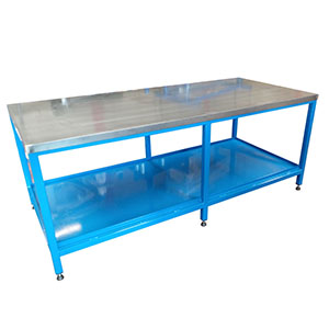Heavy duty mobile workbenches for loads up to 1000 Kg
