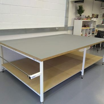 fashion cutting table