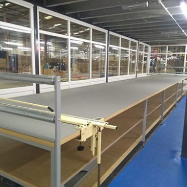 long length fabric cutting table