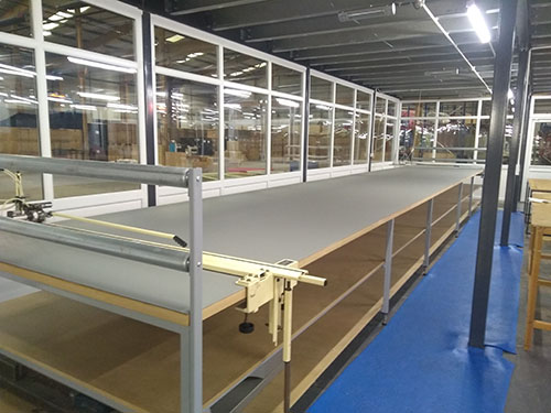 Fabric Cutting table for independent clothing comany