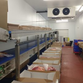 Food packing conveyor workstation