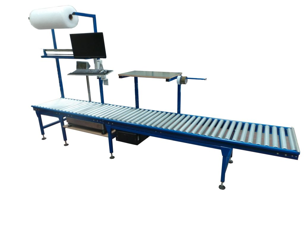 Gravity Roller Conveyor Integrated with Packing Area