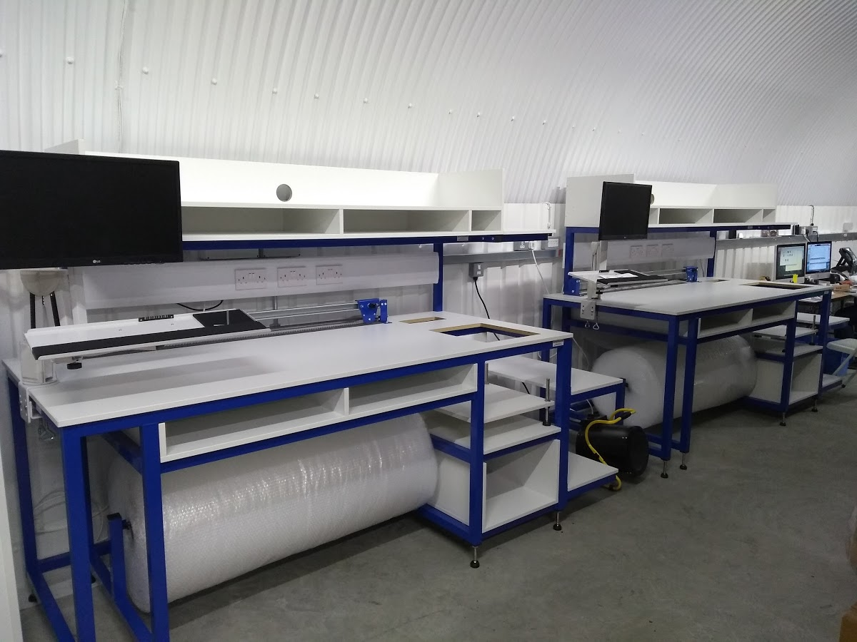 bespoke packing workstation