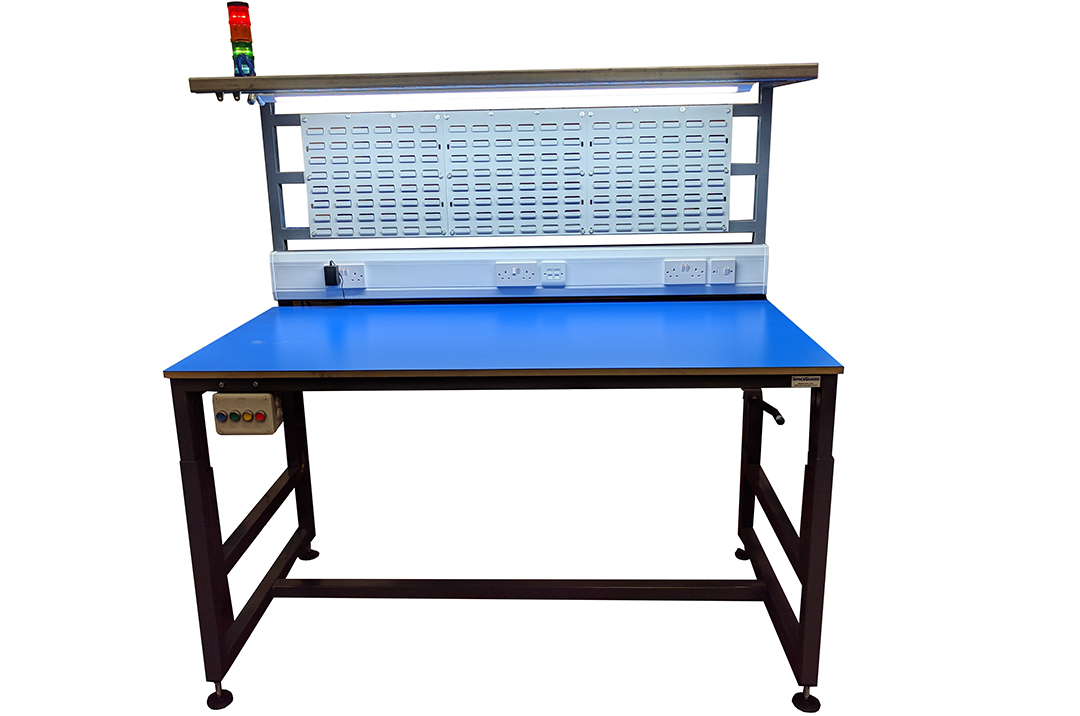 Lean process height adjustable workbench complete with sockets and andon lights