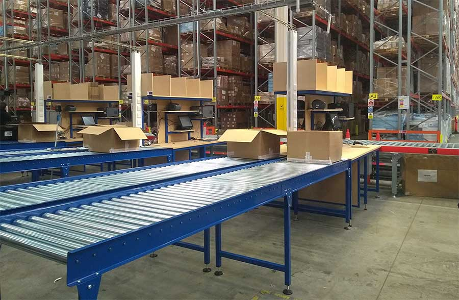 Bespoke workstation with Gravity roller conveyor