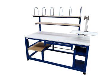 Height adjustable packing stations