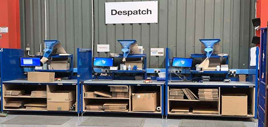 despatch and packing workbenches