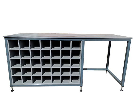 Industrial workshop storage bench