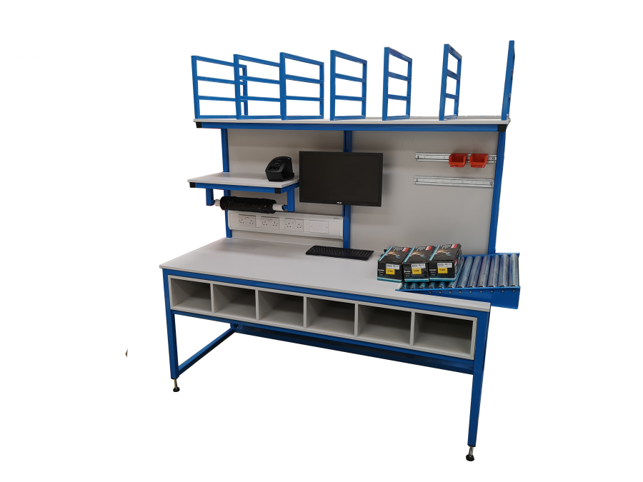 Packing bench with organisation