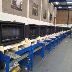 Conveyor assembly build line