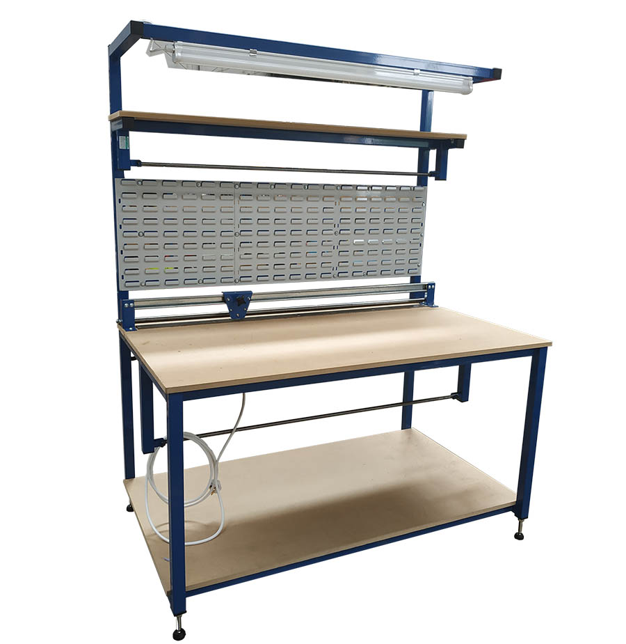 Packing bench with lighting & cutter