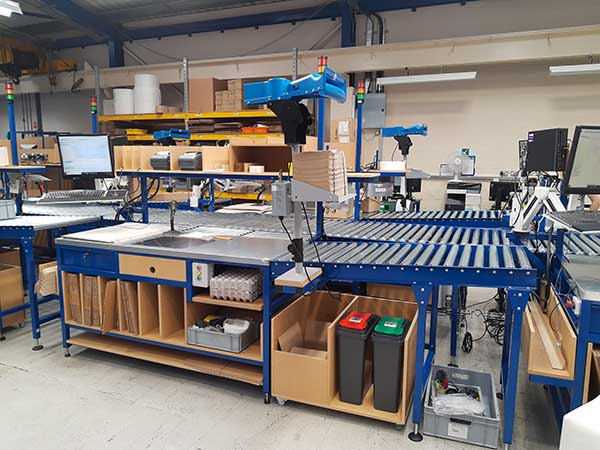 lean pack conveyor workstation