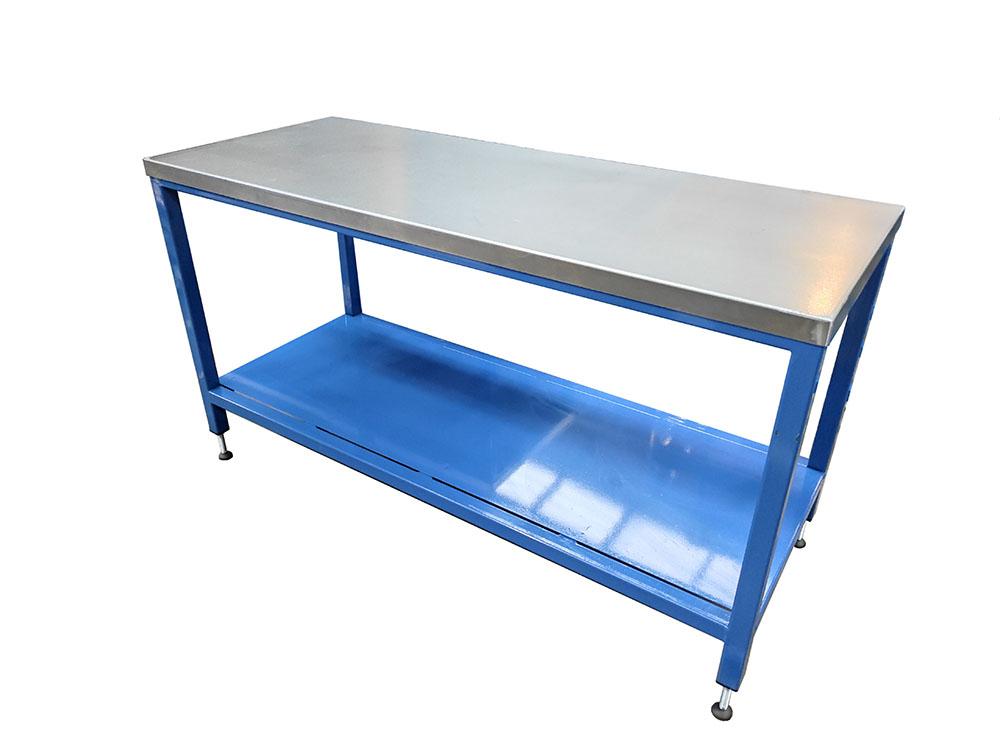 Standard heavy duty workbench