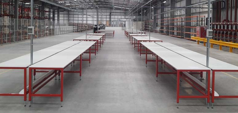 warehouse packing workbenches