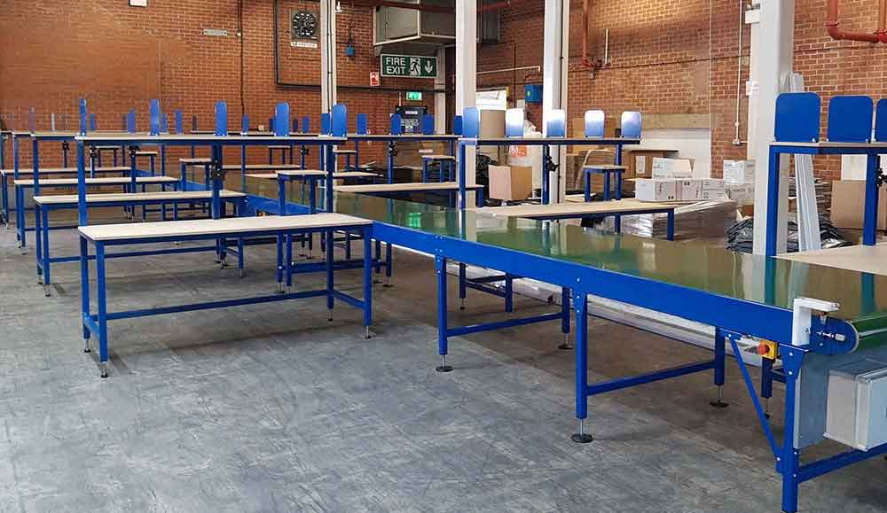 packing tables and belt conveyor
