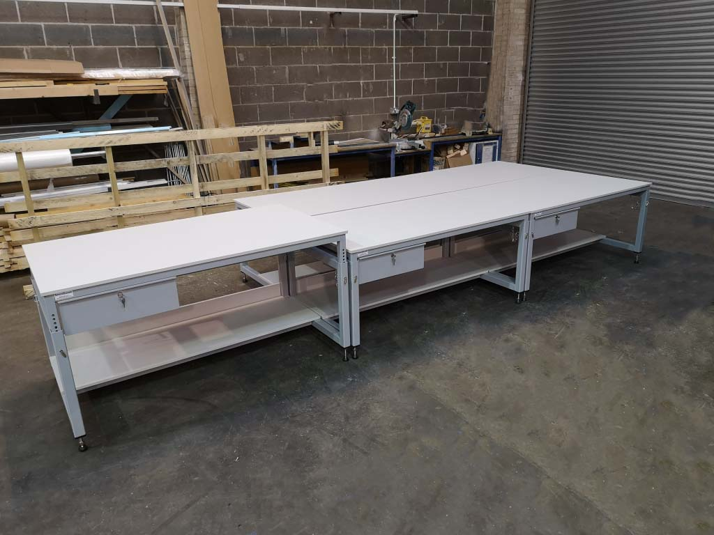 height adjustable benches