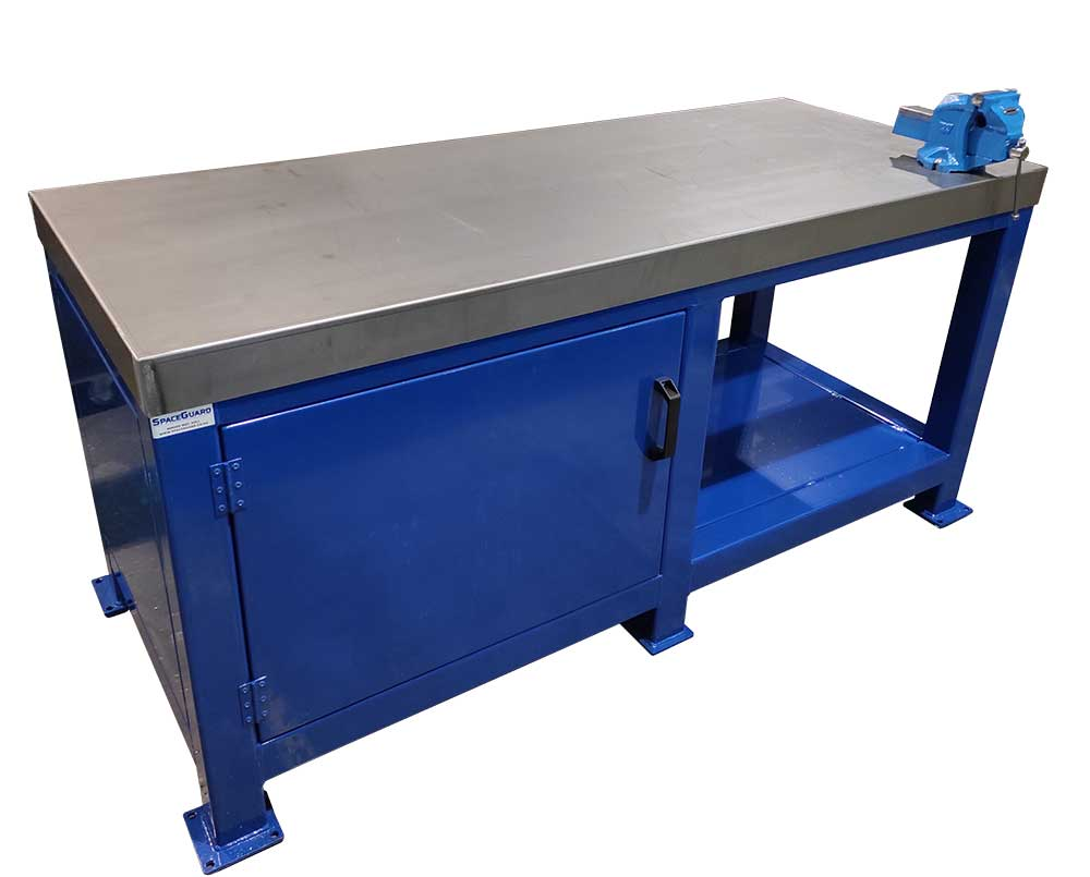 Extra heavy duty work bench with vice