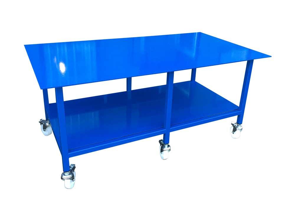 Mobile heavy duty workbench