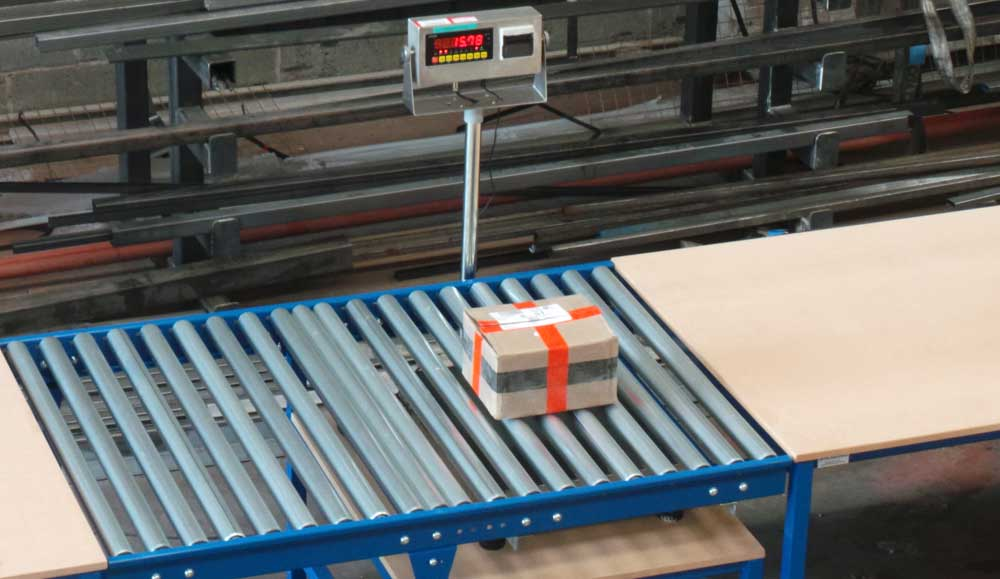 weighing and inspection roller conveyor