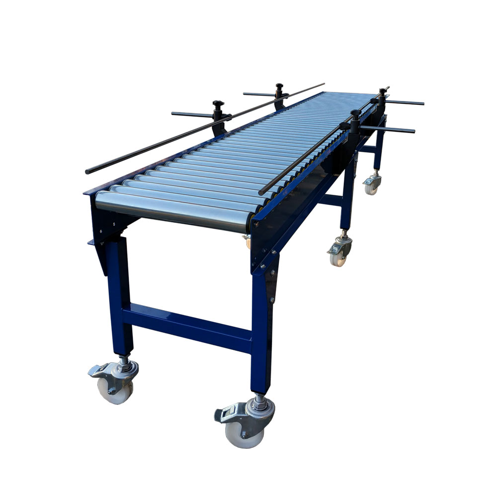 Gravity conveyor on casters with side guides