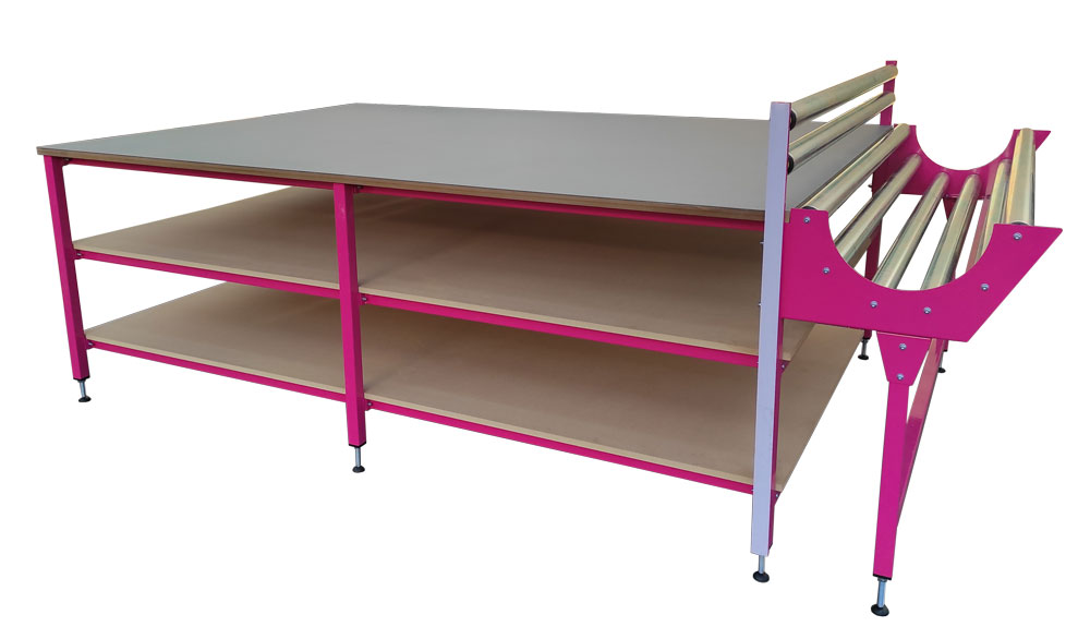 Pink frame cutting table (#17251)